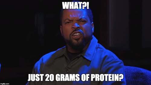 Voordat je een scoopie erbij doet van je eiwitshakes: check hoeveel gram eiwit er in 1 scoop zit!