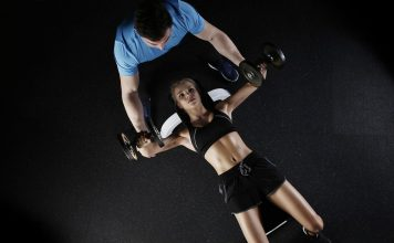 Je borstspieren trainen thuis wordt een stuk makkelijker met deze tips en tricks.