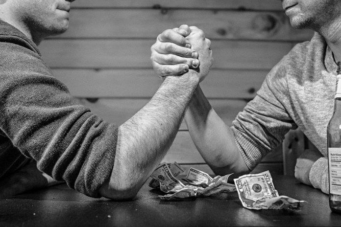 In dit artikel lees je alles over je onderarmen trainen thuis.