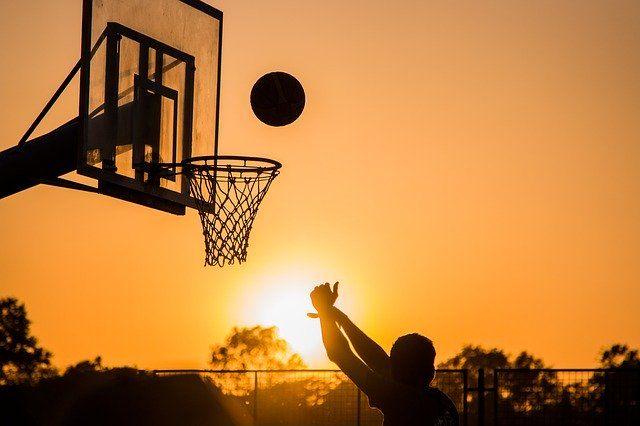 Sporten zonder sportschool kan overal, dus binnen en buiten!