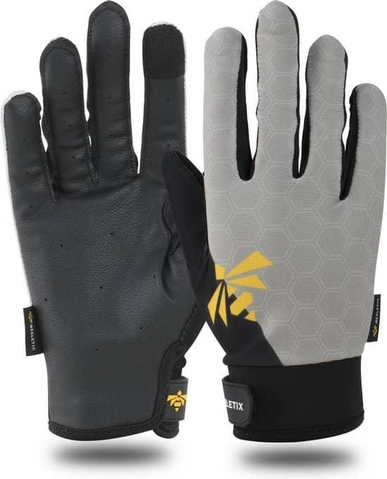 Deze goede fitness handschoenen van hoge kwaliteit bedekken je gehele hand.