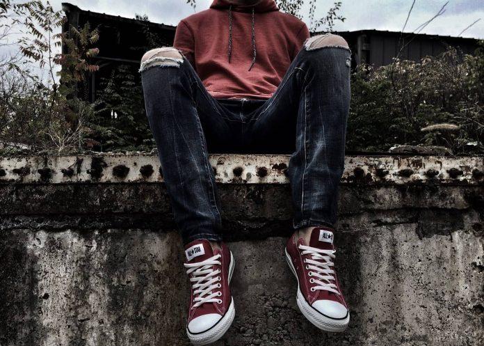Wat zijn op dit moment de coolste jeans merken? In deze blog lees je het antwoord.